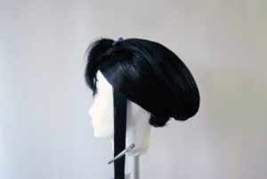 Geisha-Perücke stylen